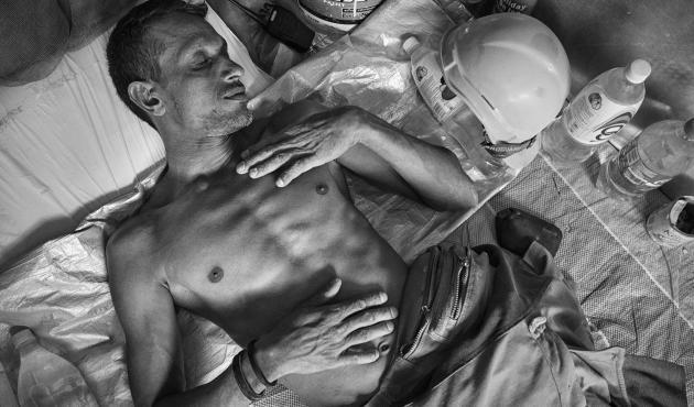 Bangladeshi labourers in Malaysia, photography by Nick Ng
